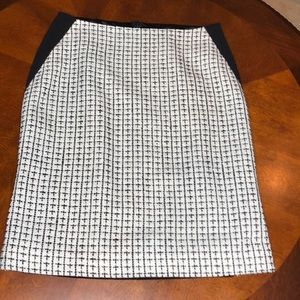 Ivanka Trump Tweed Pencil Skirt Size 6